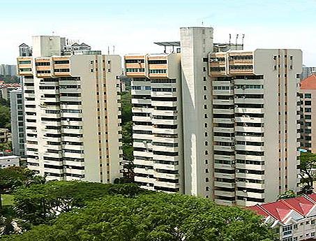 Equatorial Apartments*